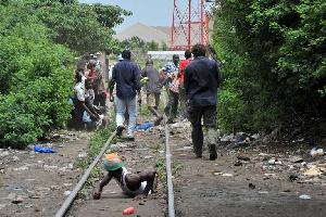Lynchage de présumés voleurs dans une rue à Douala