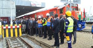 Relever le niveau de service du transport des biens et des personnes.