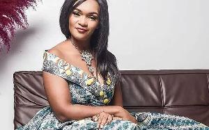 Elle est nommée ambassadrice africaine des femmes de l'industrie manufacturière