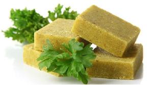 Autrefois, les cuisinières utilisaient des exhausteurs de goût naturels comme le Guedj