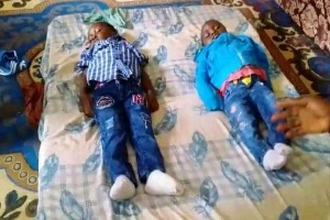 Les corps des enfants déposés à la morgue