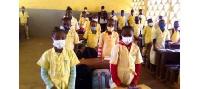 Elèves et enseignants se sont plier à l'exercice de prière en silence
