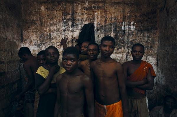 Kondengui: 'le Goulag noir' du régime Biya (video)