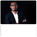 Voici Aristide Yentgwe , le réalisateur de la finale de l'émission the Voice Afrique francophone saison 3.