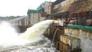 Le Cameroun a posé la première pierre du barrage de Lom Pangar le  08-août-2012.