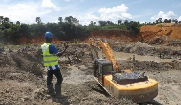Projet d'exploitation conjointe du fer de Mbalam au Cameroun et de Nabeba au Congo