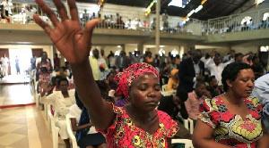 L'enfant a été électrocuté par un fil électrique d'Eneo qui jonchait le sol à Yaoundé