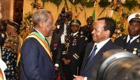 Marcel Niat Njifenji  et Paul Biya à Etoudi