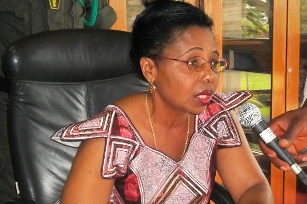 Nalova Lyonga, linistres des Enseignements secondaires
