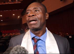 Cabral Libii a-t-il rendu Nkou Mvondo fou ?