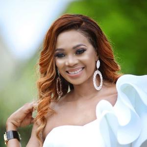 Lady Ponce, la diva du Bikutsi au Cameroun