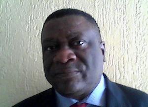 Bernard Ouandji, Expert financier