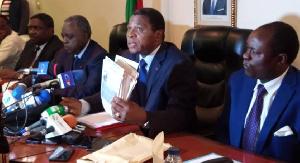 Atanga Nji menace de fermeture des médias