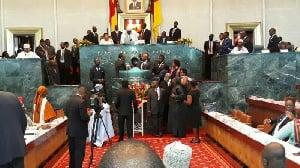 Le premier faux pas des nouveaux parlementaires