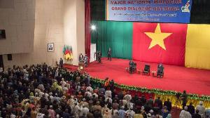Beaucoup d'acteurs politiques ont participé au grand dialogue national