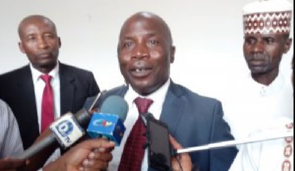 Paul Biya n'est pas sincère dans la lutte qu'il dit mener contre les détourneurs.