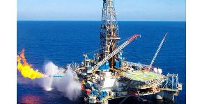 Plateforme de production pétrolière