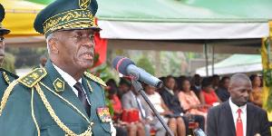 L'armée est toujours dirigée par le Général de corps d'armée René Claude Meka