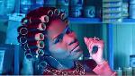 Reniss balance le clip coloré et drôle du single 'On dit quoi ?'
