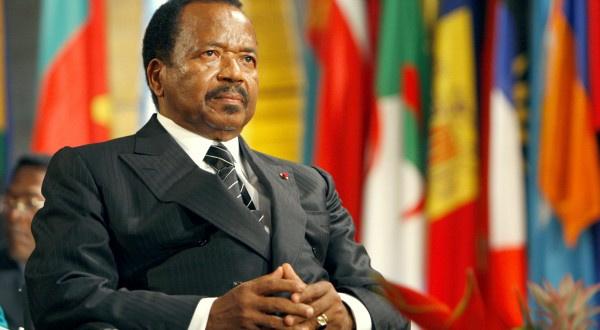 Crise sociopolitique: d'anciens chefs d'Etats 'font asseoir' Paul Biya