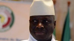 Jammeh a perdu les élections en 2016 devant l'actuel président Adama Barro