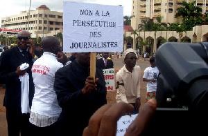 Les journalistes sont souvent la cible du pouvoir au Cameroun
