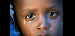 Fillette en pleures