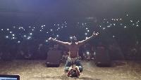 La star du rap a fait forte impression au public gaboma lors d'un événement scolaire