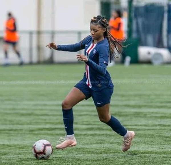JO 2020/Football: la fille d'un célèbre homme d'affaires rejoint les lionnes