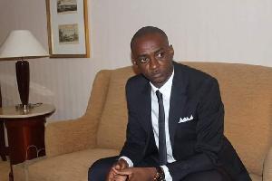 Cabral Libii  est à la chasse de la députation.