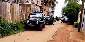 Jeune Afrique met à nu le régime Biya
