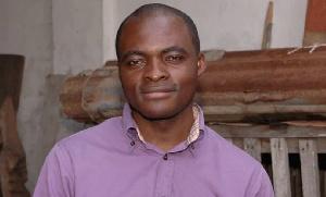 Un journaliste s'adresse à Paul Biya