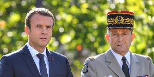 Emmanuel Macron Travaille pour maintenir le francs CFA