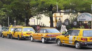 Les Taxis De Yaoundé