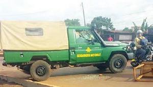 Son interpellation faisait suite à une plainte d'un certain M. Oba Bertrand