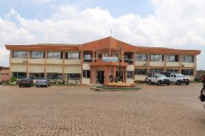 L'établissement, scolaire espère en tout cas récolté au moins 400 millions de francs