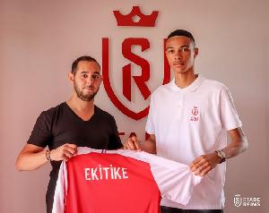 Hugo Ekitike est originaire du Cameroun, né à Reims et formé au Stade De R eims