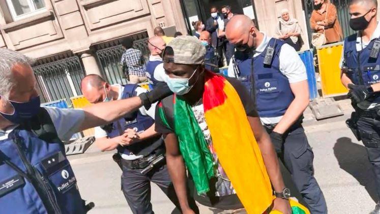 Camerounais__Ambassade_Cameroun