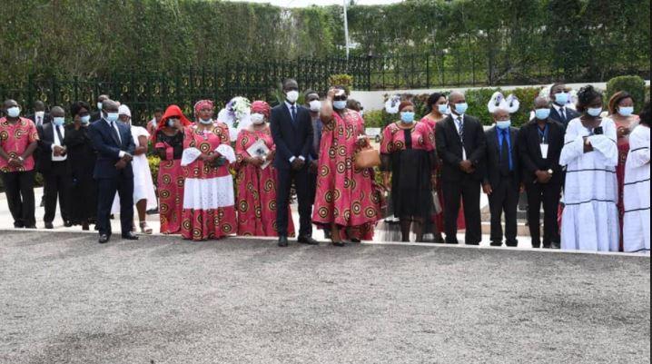 Ceremonie Inhumation Soeur Paul Biya