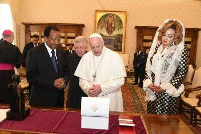 Rencontre de Paul Biya et le Pape François au Vatican