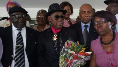 Ekambi Brillant fait Commandeur de l'ordre national de la valeur